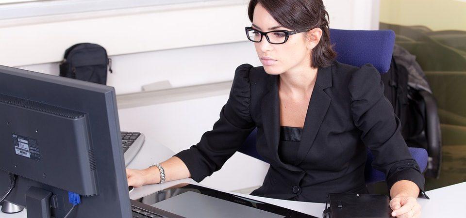 Când îți dai seama că ai nevoie de un contabil?